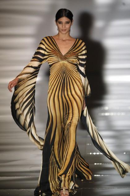 Фото платьев роберто кавалли