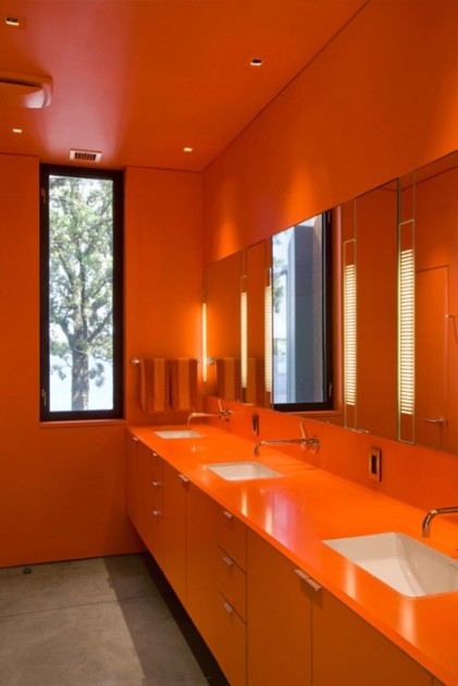 Interjero id jos 7 prabang s ir modern s vonios kambariai for Decoracion para pared naranja